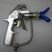 Безвоздушный окрасочный пистолет (краскопульт)